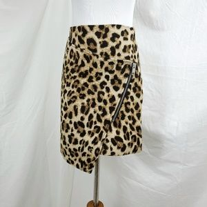 H&M Cheetah Animal Skirt Asymmetric Zip Hem Size 4